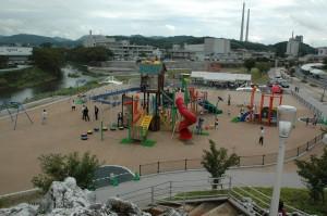 さくら公園遊具2